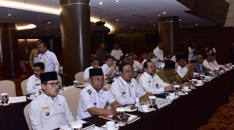 Sekda Bengkalis Hadiri Rapat Forum Koordinasi Pimpinan Daerah Provinsi Riau Tahun 2019 15