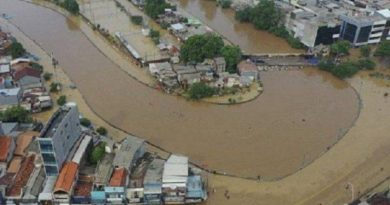 Banjir di Jakarta Hari Ini Sudah Sampai Depan Istana 4